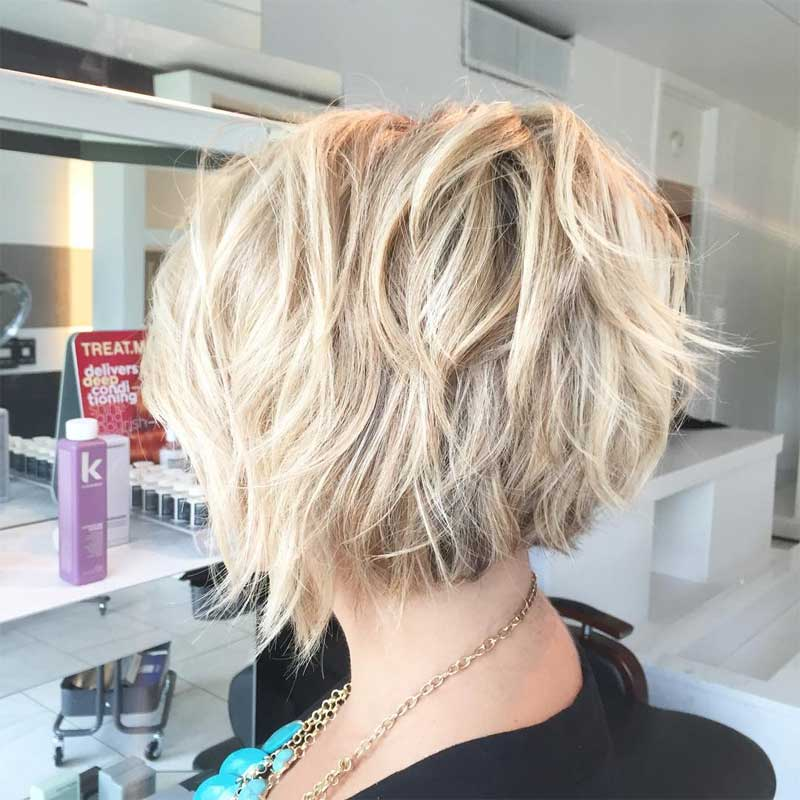 Wavy Bob with Layers